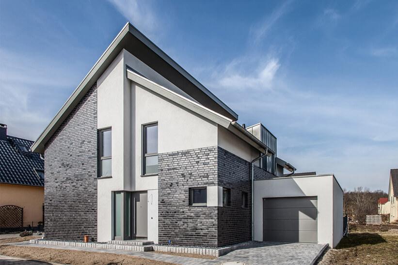 Moderne häuser mit versetztem pultdach  Dachform versetztes Pultdach | Doppelpultdach