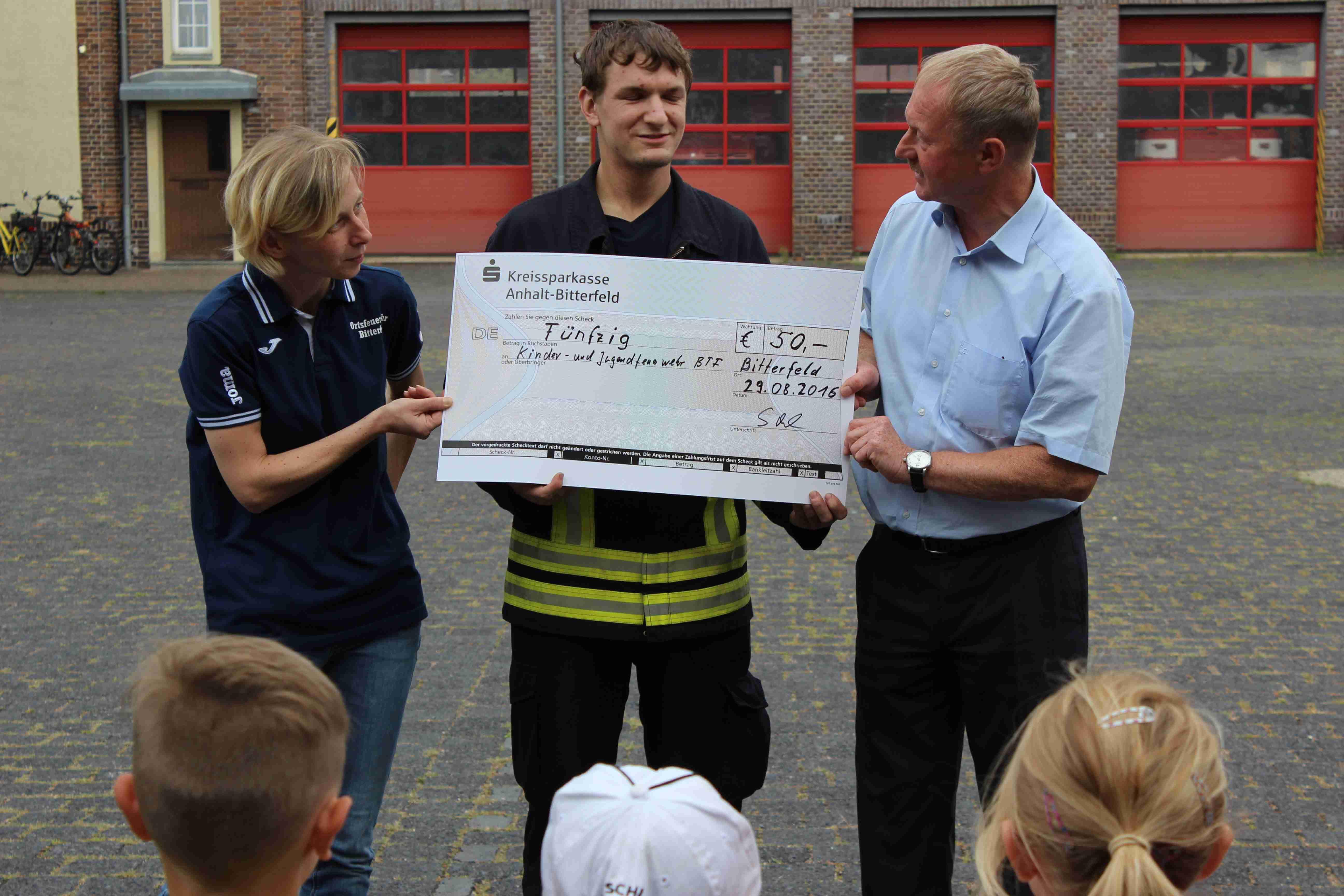 bei der Kindergruppe der Feuerwehr