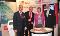 Friedemann Schmidt (ABDA), Ulrich Kehr (Kehr), Magdalena Linz (ABDA), Bernd Groeneveld (LAV)