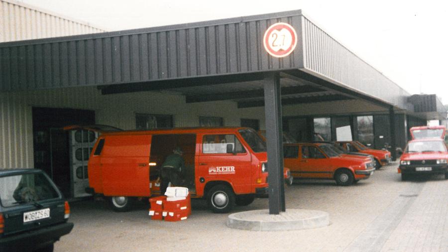 Als die innerdeutsche Grenze f�llt, werden die Br�der bei einigen �lteren Apothekern mit Freude empfangen