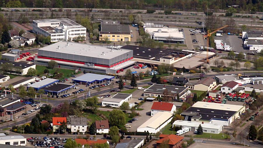Auf drei Etagen lagert Kehr heute seine Medikamente � als einziger Gro�h�ndler in Deutschland.