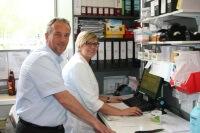 Zimmermann mit Apothekerin Svenja Beicht_200