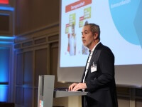 Oliver Prönnecke eröffnet WAVE Jahrestagung